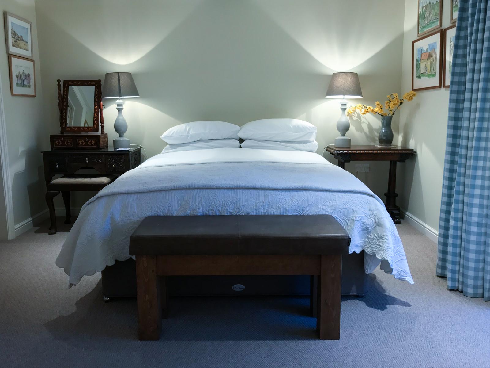 Edwards room - College Farm Thompson-8